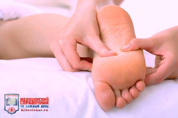 Снять боль и расширит сосуд массаж голеностопного сустава
